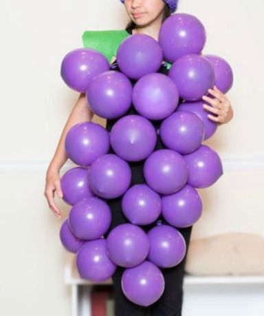 1442003377-bunch-of-grape-costume-2