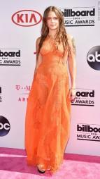 160522195046-16-billboard-music-awards-red-carpet-super-916