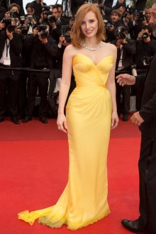 jessica-chastain-cannes-vogue-12may16-pa_b_592x888